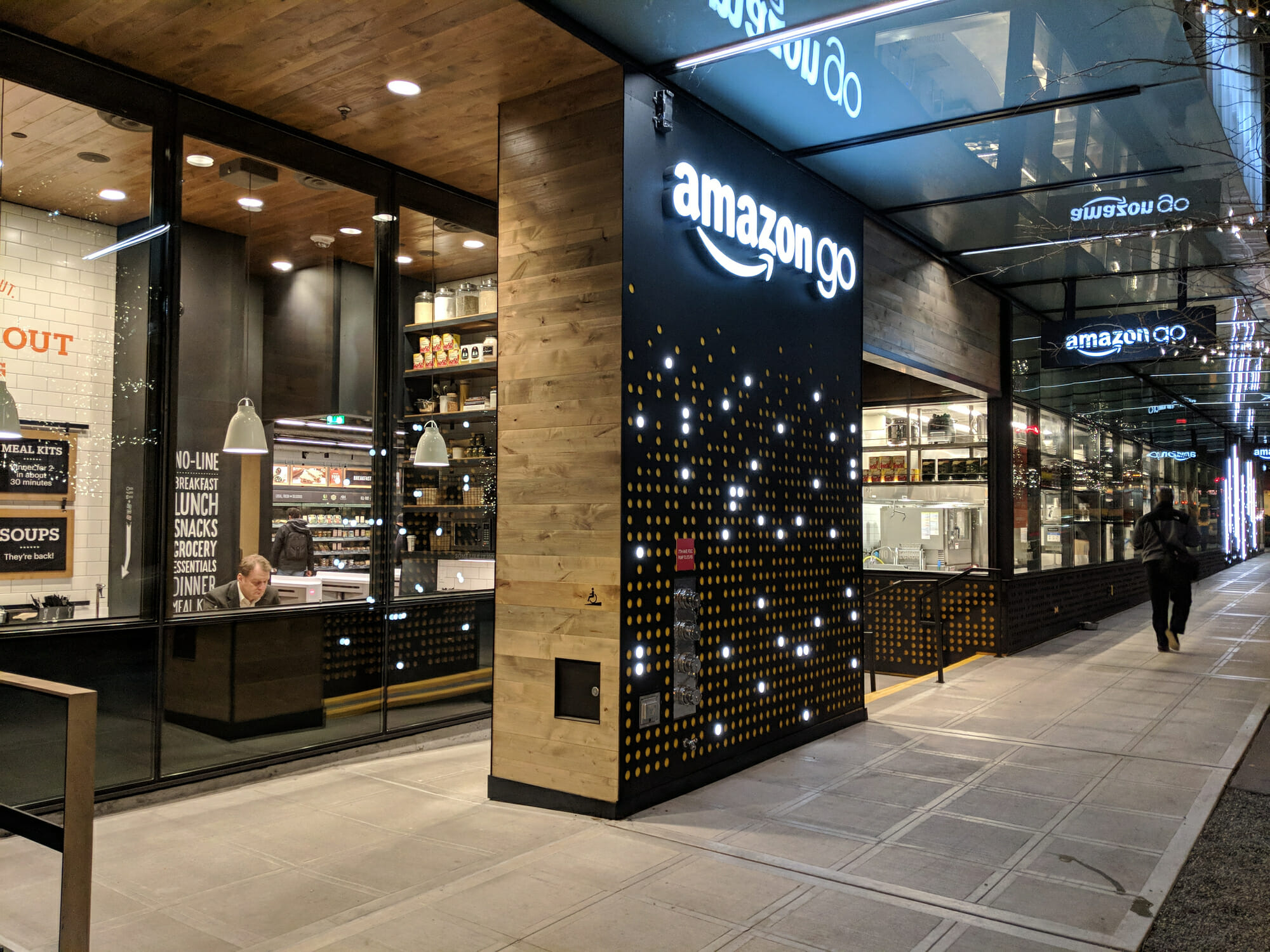 Is Amazon Building Its Own LMS?   eLearningInside News