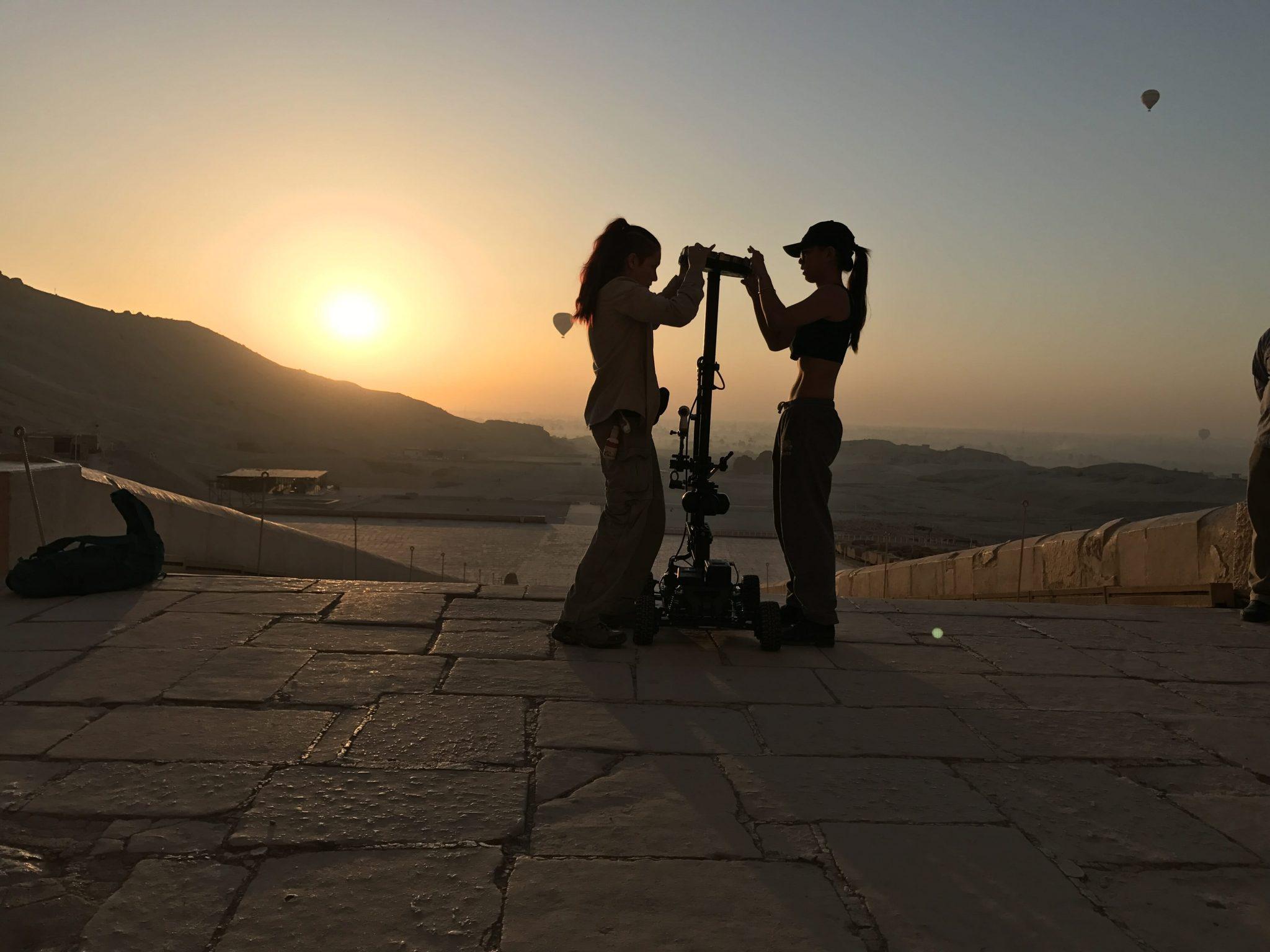 people prepare to shoot at nefertari's tomb virtual reality
